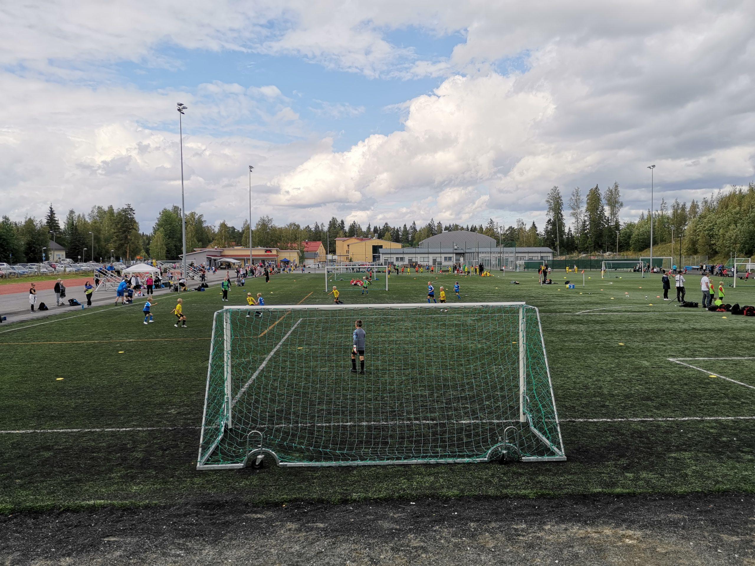 LeKi-futis Sääksjärven tekonurmi